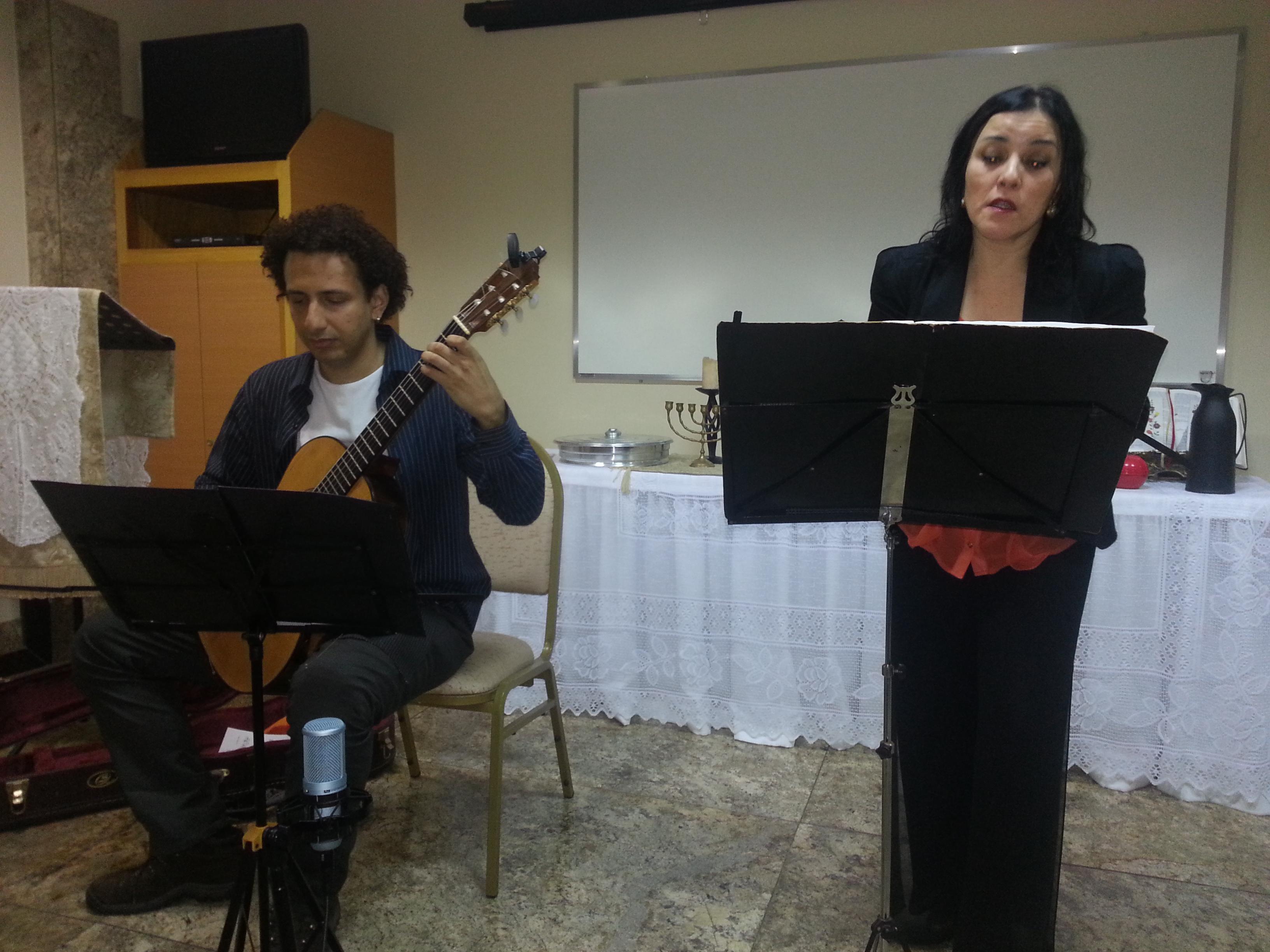 Duo Lachrimae na Série Prismas Musicais - Setembro